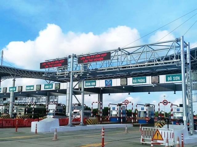 Cao tốc Hà Nội - Hải Phòng chính thức thu phí tự động không dừng từ ngày 11/8 - Ảnh 1.