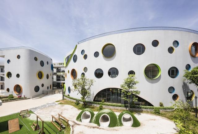 Một trường mẫu giáo tuyệt đẹp ở Vinh vừa xuất sắc thắng giải thưởng được tổ chức bởi Viện Kiến trúc sư Úc - Ảnh 2.