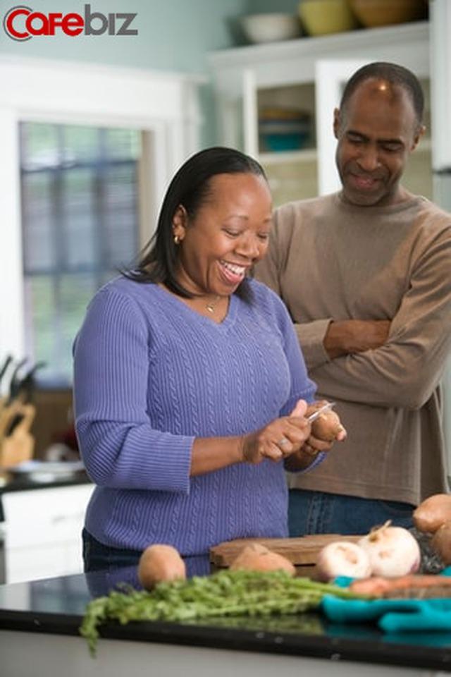 Dáng vẻ của bạn khi ăn cơm, bộc lộ hôn nhân của bạn - Ảnh 3.