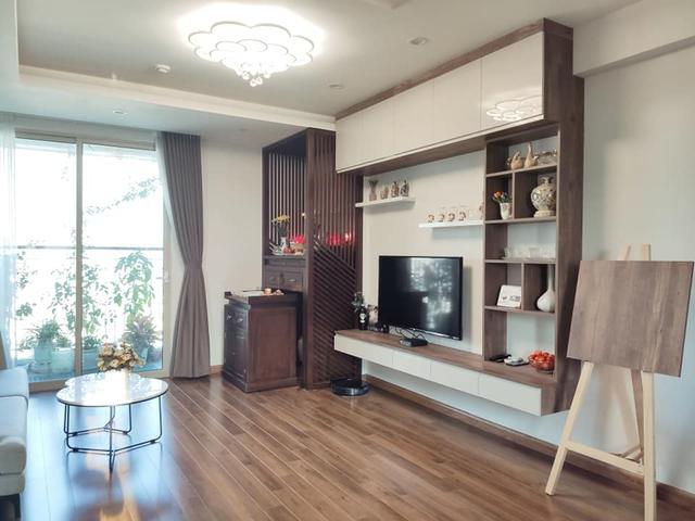 Mùa Vu Lan, vợ chồng con gái dành tâm sức hoàn thiện nội thất căn hộ 65m² với chi phí 500 triệu đồng dành tặng mẹ ở Hà Nội - Ảnh 1.