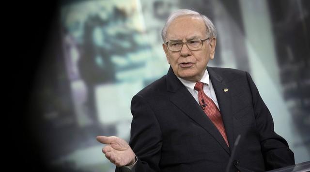 Những tỷ phú Mỹ mất tiền nhiều nhất một năm qua: Dẫn đầu là Warren Buffett - Ảnh 1.