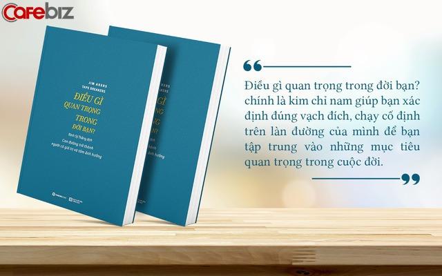 Dậy sớm tập thể dục có sức khoẻ; Học thêm kỹ năng tăng sự chuyên nghiệp; Đọc sách mỗi ngày thêm thông thái: 4 cuốn sách của người làm chủ  - Ảnh 2.