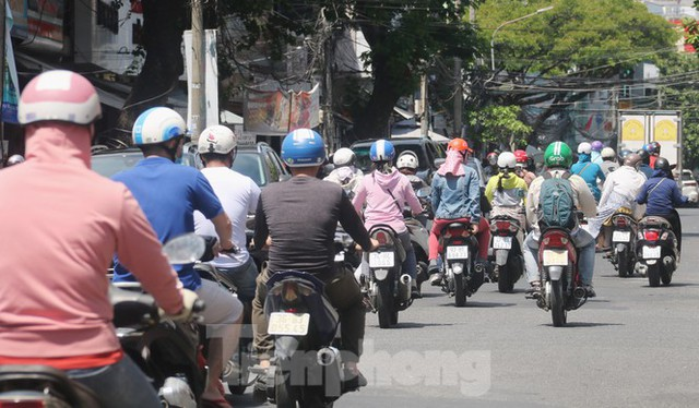 Học sinh THPT, THCS Đà Nẵng trở lại trường từ 14/9 - Ảnh 1.