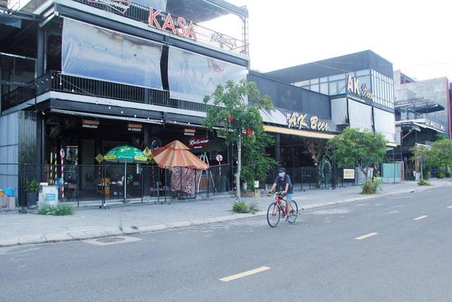 Đà Nẵng tất bật trước giờ G cho phép nhà hàng, quán ăn phục vụ tại chỗ  - Ảnh 8.