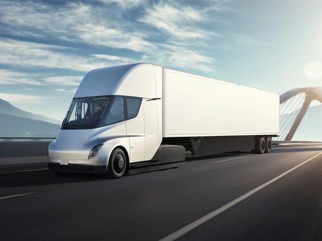 Elon Musk phản pháo Bill Gates, nói nhà sáng lập Microsoft chẳng biết gì về xe tải chạy điện - Ảnh 2.