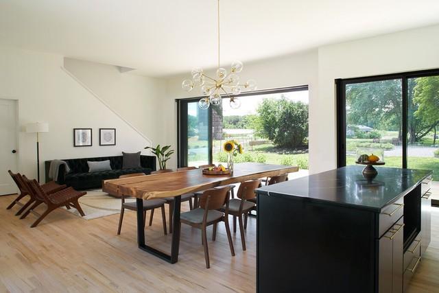 Độc đáo mô hình nhà ở kết hợp từ hai hộ gia đình: Người cho thuê vì đam mê, người khởi nghiệp canh tác thành trang trại hữu cơ vừa đẹp, vừa hiếm có - Ảnh 2.
