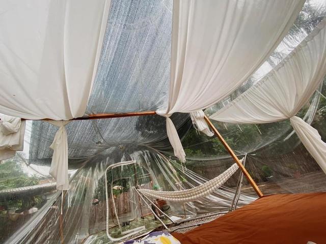 Trải nghiệm đi nghỉ cuối tuần hú hồn ở ngoại ô Hà Nội: Book villa 6 triệu/ đêm có nhà bong bóng ảo diệu giống Bali, khách ngơ ngác nhận phòng y như cái lều vịt - Ảnh 7.