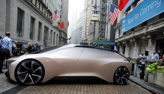 Chân dung Elon Musk của Trung Quốc: Từ con người chăn nuôi bò sữa thành tỷ phú đôla, tham vọng cạnh tranh với Audi, BMW, Tesla - Ảnh 1.