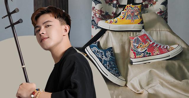 Chàng trai 9x gây xôn xao MXH vì nghề vẽ hoa văn truyền thống lên giày nhưng lý do sau niềm đam mê mới khiến ai nấy bất ngờ - Ảnh 1.
