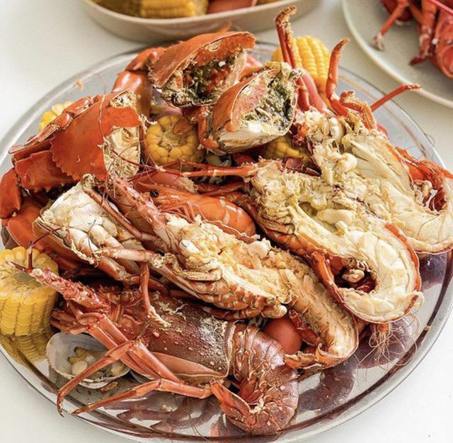 Thường xuyên bị... tào tháo rượt, tăng 10kg kể từ lúc làm food blogger: Ăn Sập Sài Gòn không hề sướng như mọi người nghĩ - Ảnh 2.