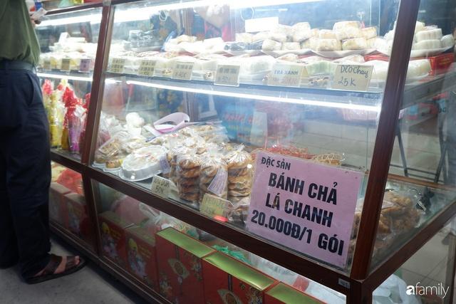 Đều như vắt tranh, năm nào người Hà Nội cũng nô nức xếp hàng mua bánh trung thu truyền thống - Ảnh 9.