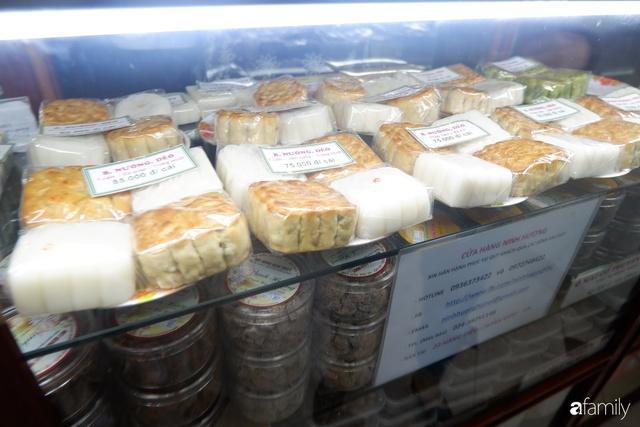 Đều như vắt tranh, năm nào người Hà Nội cũng nô nức xếp hàng mua bánh trung thu truyền thống - Ảnh 10.