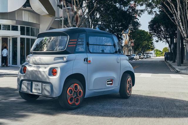 Ô tô hai chỗ nhỏ nhưng có võ, bán rẻ như xe máy ở Việt Nam - Ảnh 4.