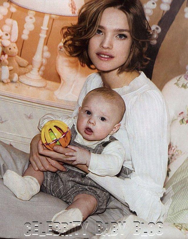 """Cái kết đẹp cho chuyện tình nổi tiếng của làng mốt thế giới: """"Thái tử Louis Vuitton"""" dùng gần 10 năm chân tình mới đổi được cái gật đầu của bà mẹ 5 con  - Ảnh 8."""