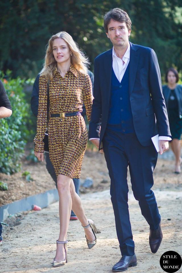 """Cái kết đẹp cho chuyện tình nổi tiếng của làng mốt thế giới: """"Thái tử Louis Vuitton"""" dùng gần 10 năm chân tình mới đổi được cái gật đầu của bà mẹ 5 con  - Ảnh 11."""