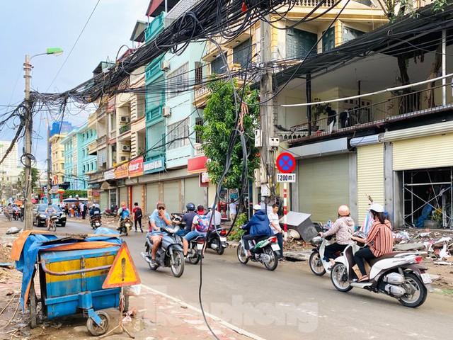 Tuyến đường dài hơn 400 mét ở Hà Nội thi công ba năm chưa về đích - Ảnh 10.