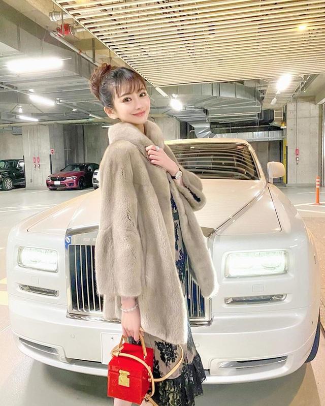 Choáng với cuộc sống của mẫu nữ kiêm Geisha số 1 Nhật Bản: Hàng hiệu xa xỉ, thu nhập 44 tỷ/năm, quyết nghỉ hưu ở tuổi 32 - Ảnh 14.