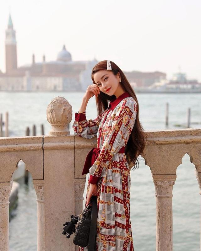 Choáng với cuộc sống của mẫu nữ kiêm Geisha số 1 Nhật Bản: Hàng hiệu xa xỉ, thu nhập 44 tỷ/năm, quyết nghỉ hưu ở tuổi 32 - Ảnh 16.