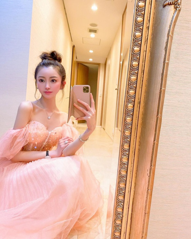 Choáng với cuộc sống của mẫu nữ kiêm Geisha số 1 Nhật Bản: Hàng hiệu xa xỉ, thu nhập 44 tỷ/năm, quyết nghỉ hưu ở tuổi 32 - Ảnh 6.