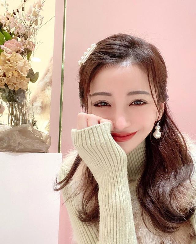 Choáng với cuộc sống của mẫu nữ kiêm Geisha số 1 Nhật Bản: Hàng hiệu xa xỉ, thu nhập 44 tỷ/năm, quyết nghỉ hưu ở tuổi 32 - Ảnh 7.