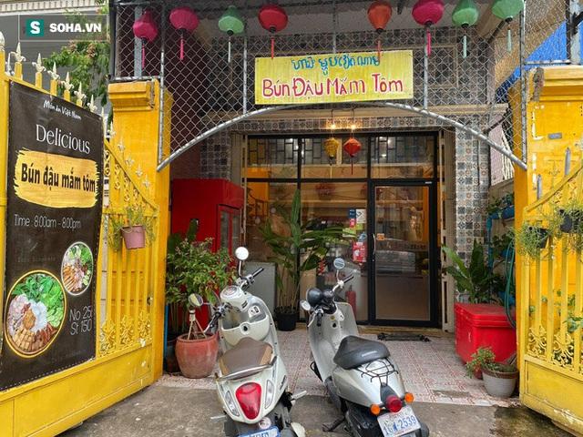 Cô gái Việt xinh như hoa khôi bán bún đậu mắm tôm ở Phnompenh: Nhập mắm tôm từ Thanh Hóa, đậu từ Bắc Ninh - Ảnh 6.
