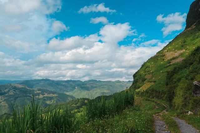 Nhật ký hành trình tới Hà Giang của cô gái yêu du lịch bụi: Làng Thiên Hương như một ngôi làng cổ tích, Du Già đẹp mê ly! - Ảnh 6.