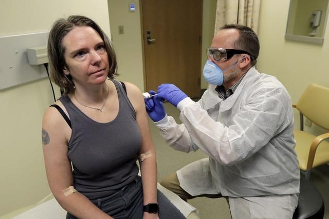 Khẳng định mình và gia đình miễn nhiễm Covid-19, Elon Musk sẽ không tiêm vắc-xin khi nó ra mắt - Ảnh 1.
