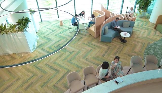 Bên trong trụ sở mới của Viettel: Tràn ngập cây xanh, sức chứa 1.000 người, điều khiển bằng âm thanh - hình ảnh, tập thể dục 15 phút mỗi ngày  - Ảnh 3.