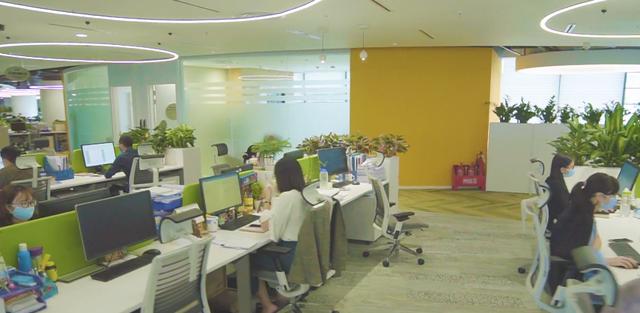 Bên trong trụ sở mới của Viettel: Tràn ngập cây xanh, sức chứa 1.000 người, điều khiển bằng âm thanh - hình ảnh, tập thể dục 15 phút mỗi ngày  - Ảnh 4.