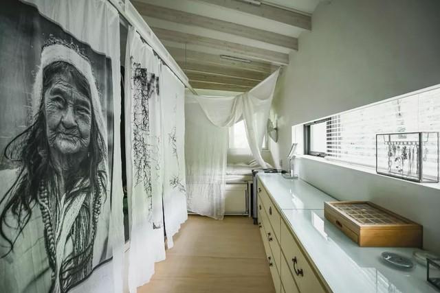 Nữ nhiếp ảnh gia 65 tuổi xây nhà trên núi, một mình an dưỡng tuổi già cùng mèo cưng - Ảnh 14.