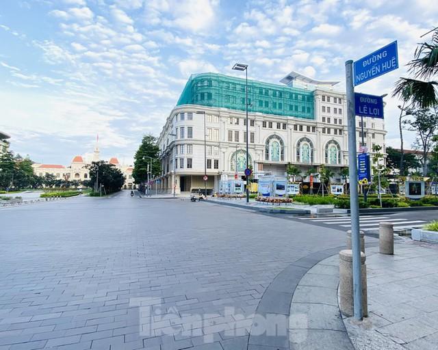 Cận cảnh những con đường được đề xuất làm phố đi bộ ở TPHCM - Ảnh 10.