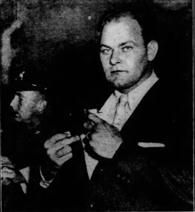 Vụ cá cược khiến nước Mỹ ngỡ ngàng: Gã đàn ông say khướt đi cướp máy bay để bay ra giữa phố tận 2 lần vì chẳng ai tin lời mình - Ảnh 1.