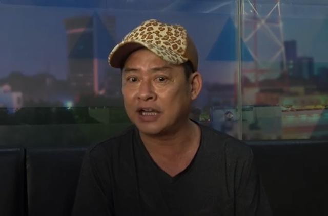Tấn Beo: Đồ hiệu tôi có hết nhưng chỉ mặc áo thun, xe hơi có nhưng chỉ đi xe máy - Ảnh 1.