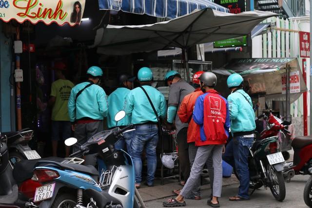 Baemin cần làm gì để đánh bại GrabFood, Now, GoFood ở thị trường giao đồ ăn Việt Nam? - Ảnh 1.