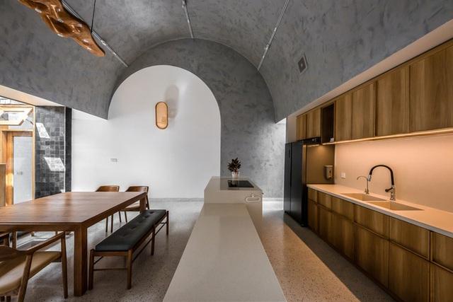 Lạ lẫm với căn nhà dài, hẹp với 3 giếng trời tại Sóc Trăng - Ảnh 22.