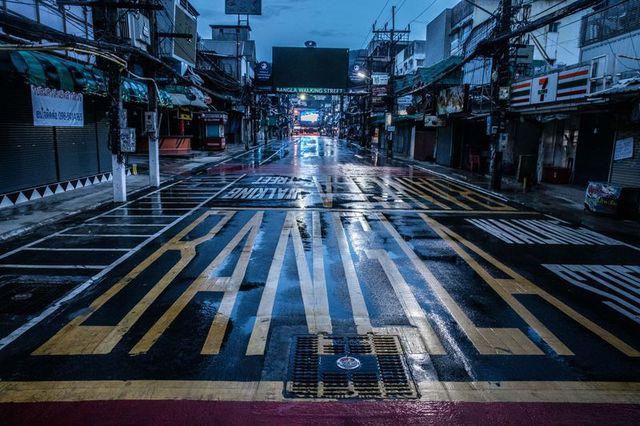 Thái Lan tự quảng cáo là thiên đường du lịch cho người cách ly Covid-19, nhưng chẳng du khách nào đến - Ảnh 4.