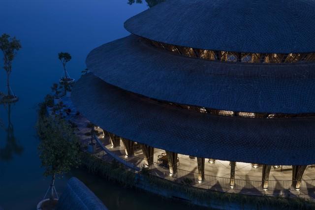 Kiến trúc choáng ngợp của nhà hàng tại rừng Cúc Phương: 100% bằng tre, mái vòm nguy nga như lâu đài - Ảnh 8.
