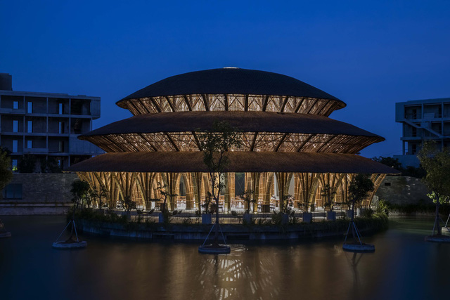 Kiến trúc choáng ngợp của nhà hàng tại rừng Cúc Phương: 100% bằng tre, mái vòm nguy nga như lâu đài - Ảnh 7.