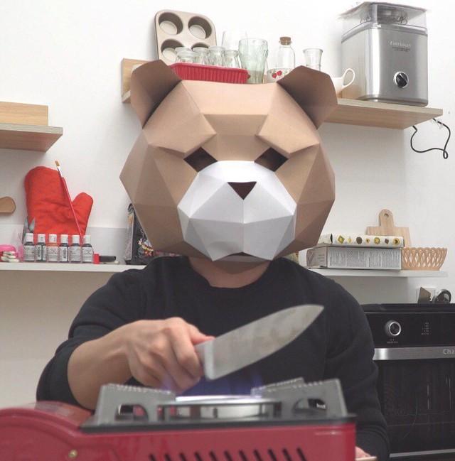 YouTuber đầu gấu giấu mặt Ninos Home: Không sợ lộ mặt, không phải người hướng nội, thường quay video xuyên đêm  - Ảnh 3.