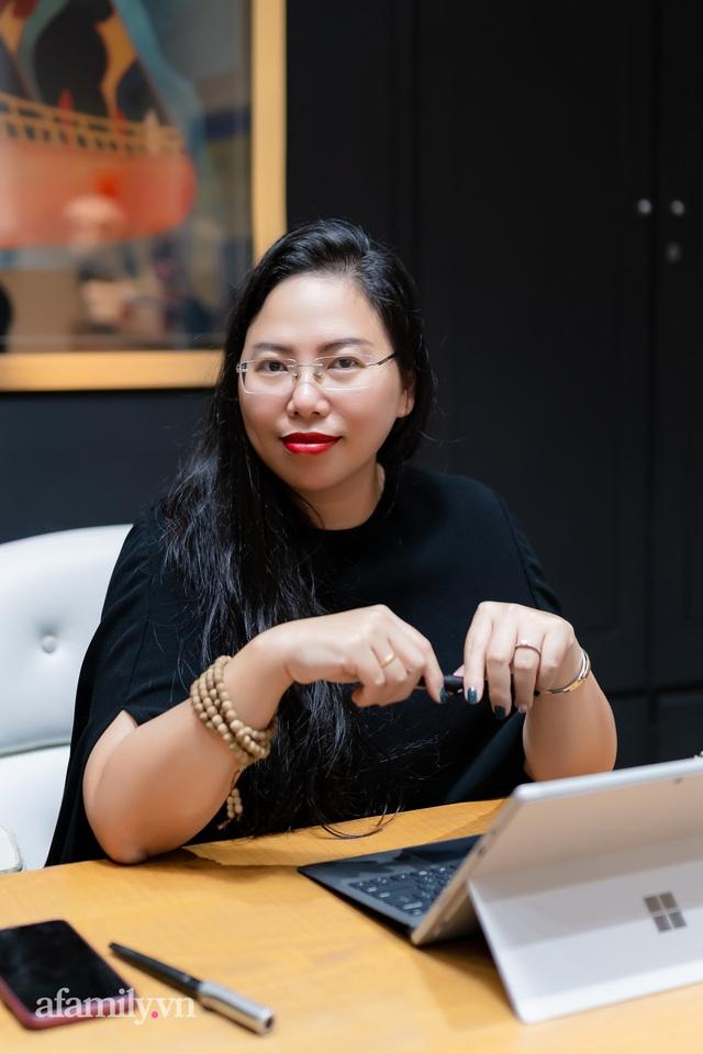 """Ái Thủy - nữ kiến trúc sư tạo nên cây Cầu Vàng """"made in Vietnam"""" làm kinh ngạc khắp thế giới và lần đầu nghe kể về ý nghĩa thật sự của đôi bàn tay khổng lồ - Ảnh 15."""