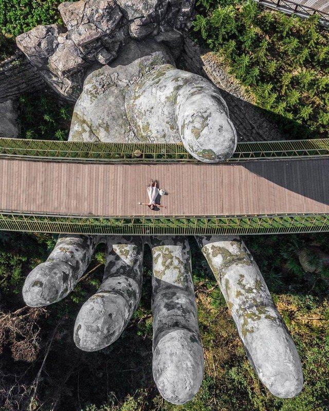 """Ái Thủy - nữ kiến trúc sư tạo nên cây Cầu Vàng """"made in Vietnam"""" làm kinh ngạc khắp thế giới và lần đầu nghe kể về ý nghĩa thật sự của đôi bàn tay khổng lồ - Ảnh 4."""