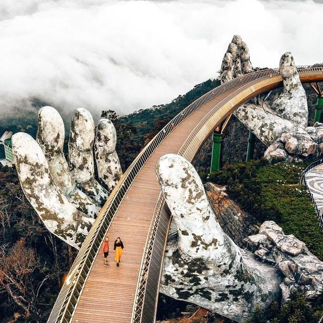 """Ái Thủy - nữ kiến trúc sư tạo nên cây Cầu Vàng """"made in Vietnam"""" làm kinh ngạc khắp thế giới và lần đầu nghe kể về ý nghĩa thật sự của đôi bàn tay khổng lồ - Ảnh 5."""