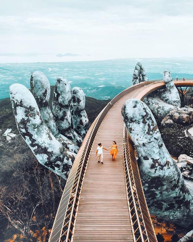"""Ái Thủy - nữ kiến trúc sư tạo nên cây Cầu Vàng """"made in Vietnam"""" làm kinh ngạc khắp thế giới và lần đầu nghe kể về ý nghĩa thật sự của đôi bàn tay khổng lồ - Ảnh 7."""