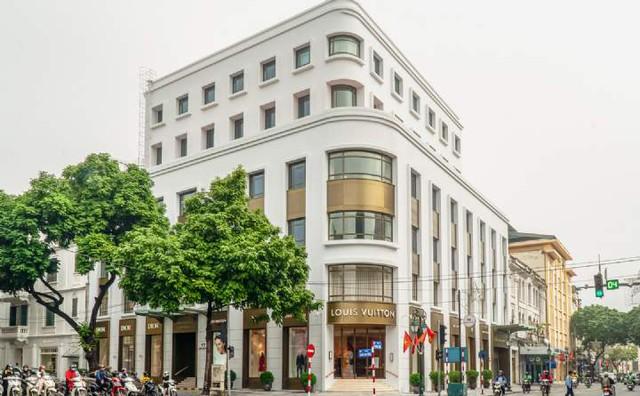 Tòa nhà văn phòng đắt nhất Hà Nội: Giá thuê từ vài trăm triệu đến nửa tỷ đồng mỗi tháng, sang chảnh như khách sạn 5 sao dù tuổi đời 26 năm - Ảnh 2.