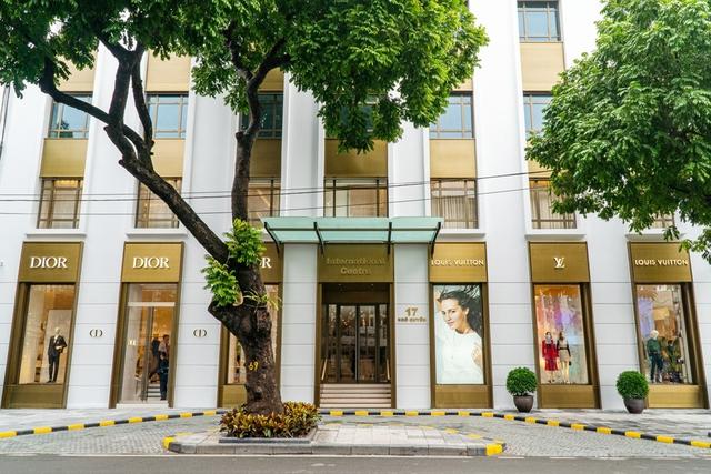 Tòa nhà văn phòng đắt nhất Hà Nội: Giá thuê từ vài trăm triệu đến nửa tỷ đồng mỗi tháng, sang chảnh như khách sạn 5 sao dù tuổi đời 26 năm - Ảnh 6.