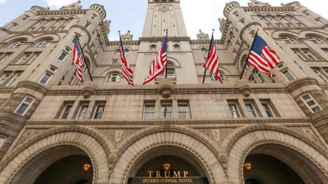 Ông Trump còn lại gì sau 4 năm làm Tổng thống: Tài sản giảm từ 4,5 tỷ USD xuống còn 2,1 tỷ USD, đế chế BĐS ngập nợ - Ảnh 1.