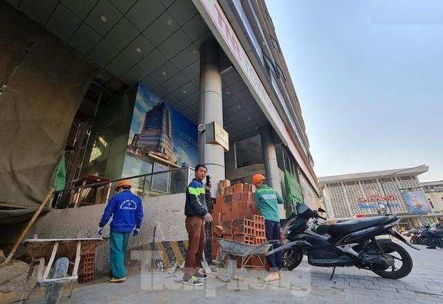 Hà Nội xử cao ốc biến văn phòng thành căn hộ khách sạn không phép - Ảnh 3.