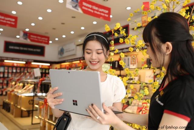 FPT Shop đồng loạt khai trương 30 Trung tâm laptop hiện đại trên khắp cả nước - Ảnh 1.
