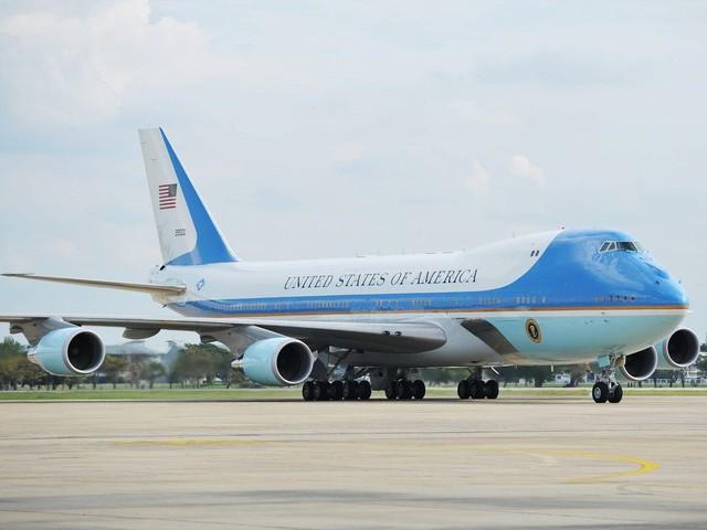 Chuyên cơ Air Force One mới cứng của Tổng thống Biden có gì đặc biệt? - Ảnh 1.
