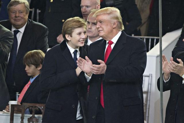 Barron Trump: Nỗi khổ của việc làm con Tổng thống và bí ẩn đằng sau sự biến mất trong lễ rời Nhà Trắng - Ảnh 1.